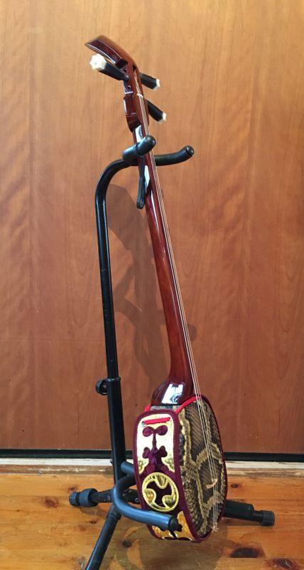 画像4: 沖縄産上質ユシギ(ゆし木・和名:イスノキ)三線セット スンチ塗り・与那型